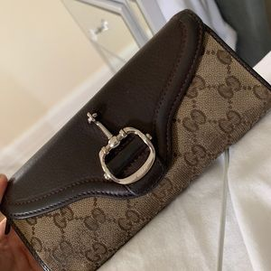 Classic Authentic Brown Canvas Gucci Wallet